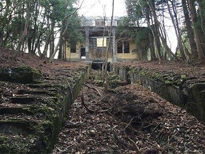 愛宕鉄道山頂駅の廃墟に到着しました