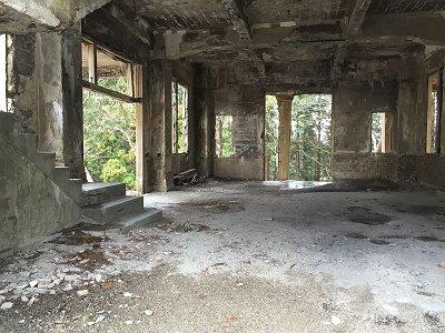 駅廃墟1F
