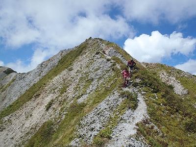いい景色。後ろにいる方は蒜山で山岳ガイドしている方でたくさん大山の情報を教えてもらいました