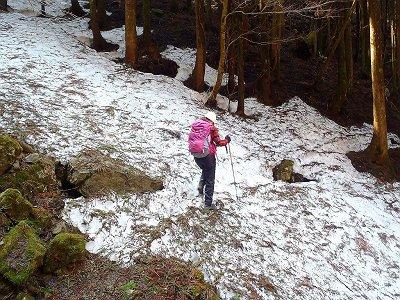 残雪ポイントをトラバース