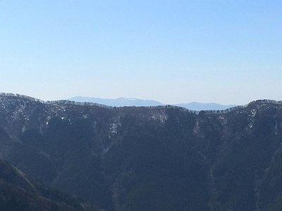 ここからは向こう側の大台ヶ原方面が見えた