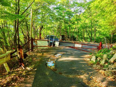 池郷林道ゲートまで下りてきた。林道は話をしながらせっせと下りていったので結構早く終わった感じがした