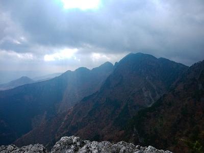 大普賢岳もこの通り。迫力ある~