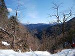 反対側を向くと台高山脈の山々も見られた。天気は最高