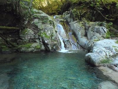なかなか綺麗な水
