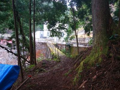 和田変電所の橋まで下りてきた。この橋また渡るの怖いけど・・・